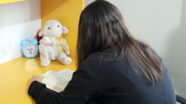 14 yaşındaki kıza yapılan iğrenç istismar Anne beni en yakınından koruyamadın notuyla ortaya çıktı