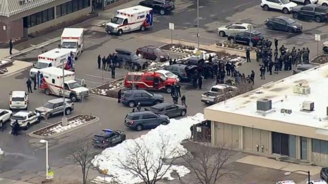 ABD'de süpermarkete silahlı saldırı: 1'i polis 10 kişi hayatını kaybetti