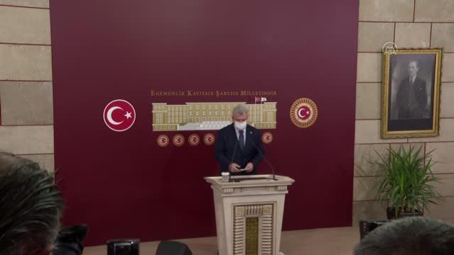 Akbaşoğlu: Bir müptezelin, Özlem Zengin hanımefendiye yönelik çirkin ve alçakça saldırılarını kınıyorum