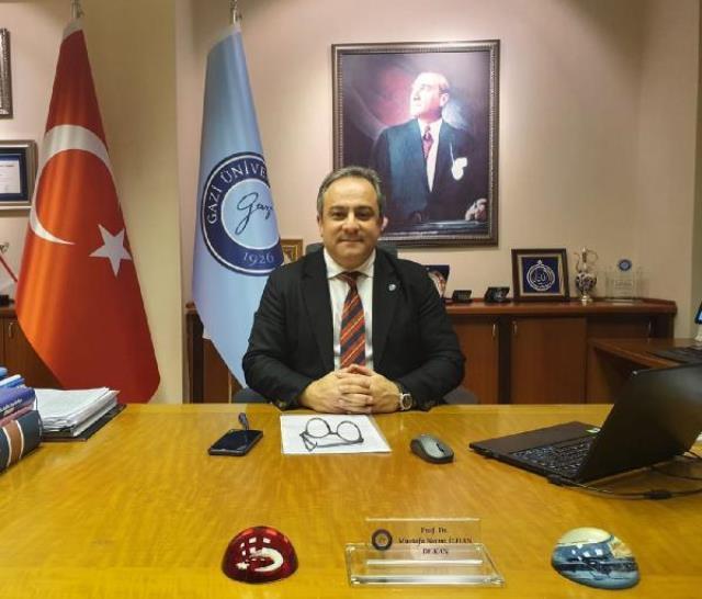 Bilim Kurulu Üyesi Prof. Dr. Mustafa Necmi İlhan: Kısıtlamaların kaldırılması için 2'nci doz aşılamanın tamamlanması gerek