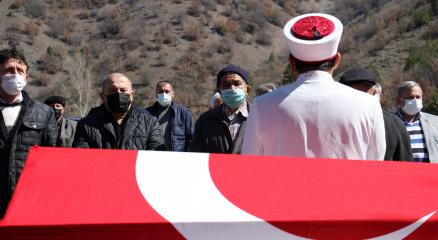 Cumhuriyet Savcısı Salkımın cenazesi köyünde toprağa verildi