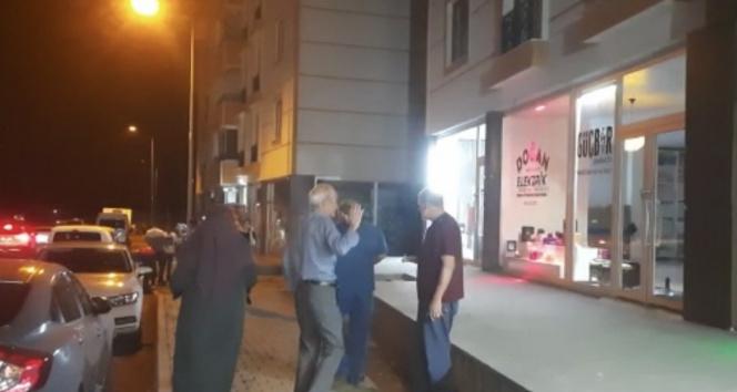 Bingölde deprem vatandaşlara panik yaşattı