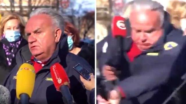 Korku dolu anlar! Belediye başkanı depreme canlı yayında yakalandı