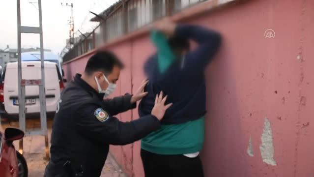 Polisten kaçmaya çalışan ehliyetsiz sürücü kovalamaca sonucu yakalandı
