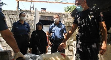 Reyhanlı polisi, Rahme Teyzeyi sevinçten ağlattı