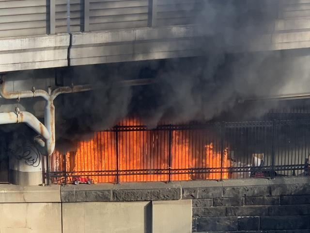 Son Dakika: ABD'de Kongre binası, güvenlik tehdidi nedeniyle giriş ve çıkışlara kapatıldı