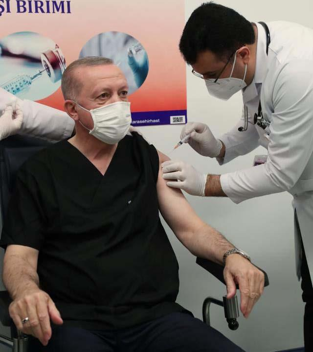 Son Dakika! Cumhurbaşkanı Erdoğan, koronavirüs aşısının ikinci dozunu yaptırdı