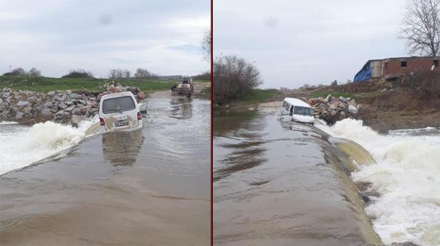 Sürücü ve yolcusu akıntıya kapılan minibüsten canlarını son anda kurtardı