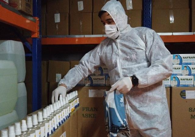 Sultanbeyli Belediyesi, QR kodla maske ve dezenfektan dağıtımına başladı