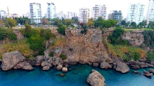 Türkiye'nin en büyük deprem üretme fayı, Antalya Körfezi'nden geçiyor