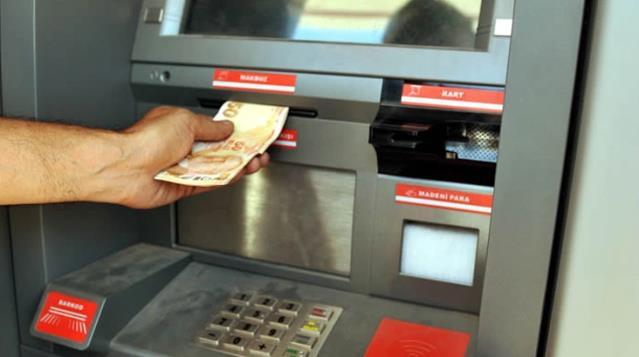 Yanlışlıkla banka hesabına yatırılan parayı harcayan vatandaş bedelini çok ağır ödedi