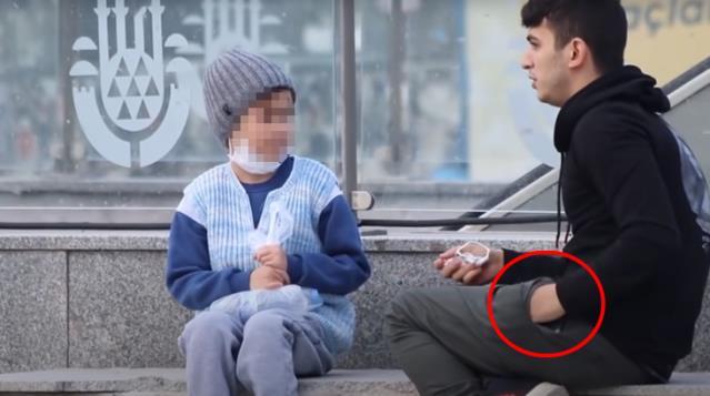 Youtuber Fariz'in duygu sömürüsüne alet ettiği çocuk konuştu! O paralar da sahteymiş